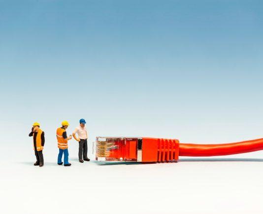 broadband-428278513